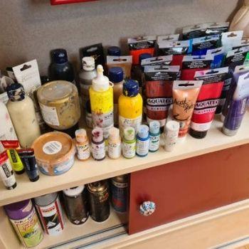 Farben im Atelier